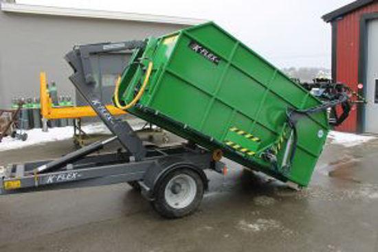 Bild på K-vagnen K-flex fv 3000 med bakmonterad sopkärlslyft