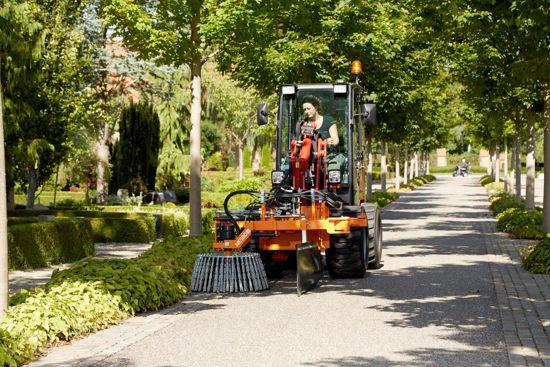Bild på Nesbo Ogräsborste UK 725 R/L