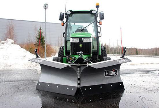 Bild på HillTip SnowStrike Traktor V-plog