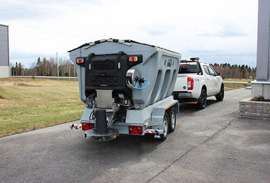 Bild på HillTip IceStriker Kombispridare Lastbilar